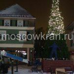 Автовышка и новогодняя елка