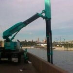 Мостовая автовышка в работе