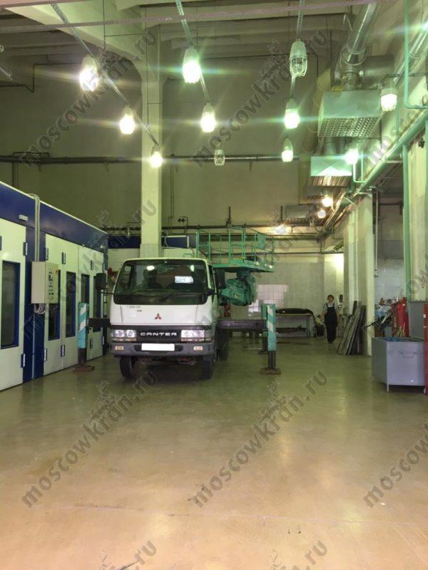 Автовышка 17 метров Isuzu , люлька 4 х 2 м . Аренда в Москве 9600 р/смена