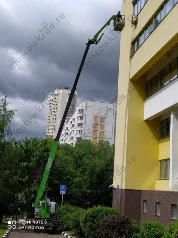 Автовышка 20 метров Isuzu , люлька 1,2 х 0,9 м . Аренда в Москве 8000 р/смена Коленчато-телескопическая